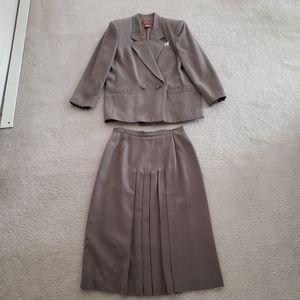 Vintage Worthington Gray Skirt Suit